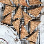 integralni krekeri sa umakom od pavlake i dimljenog tofua