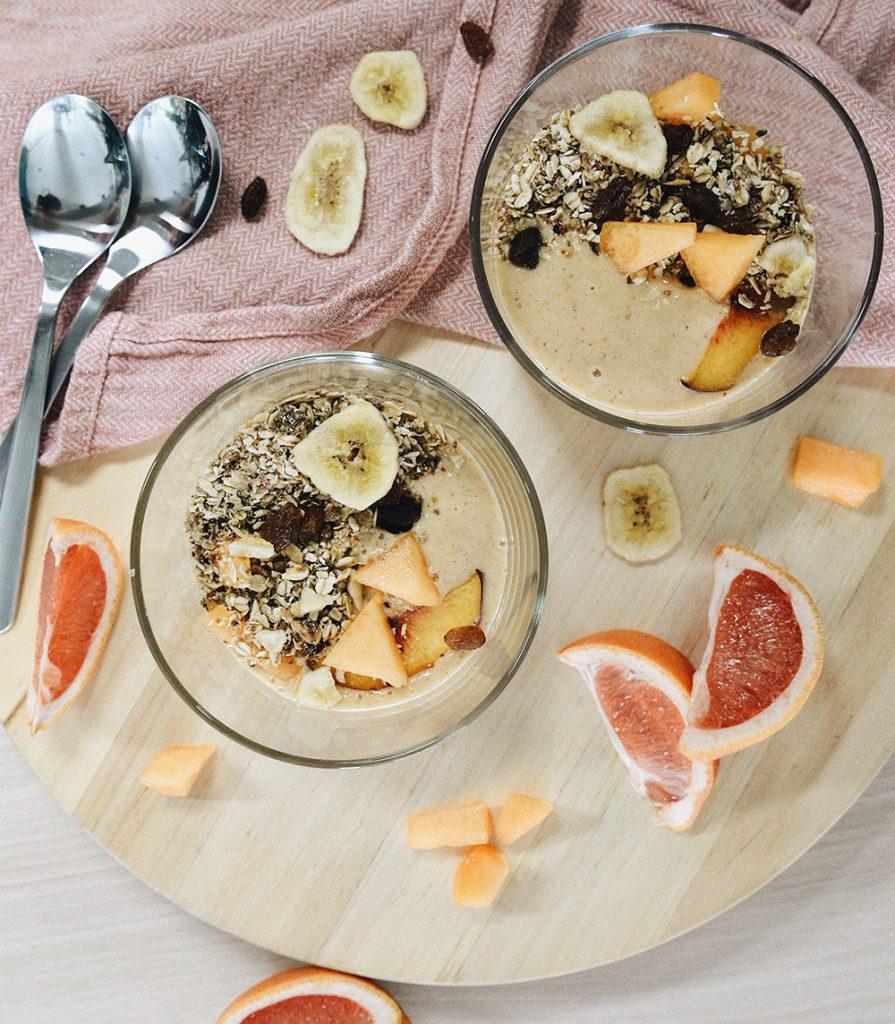 Granola bowl sa smoothijem